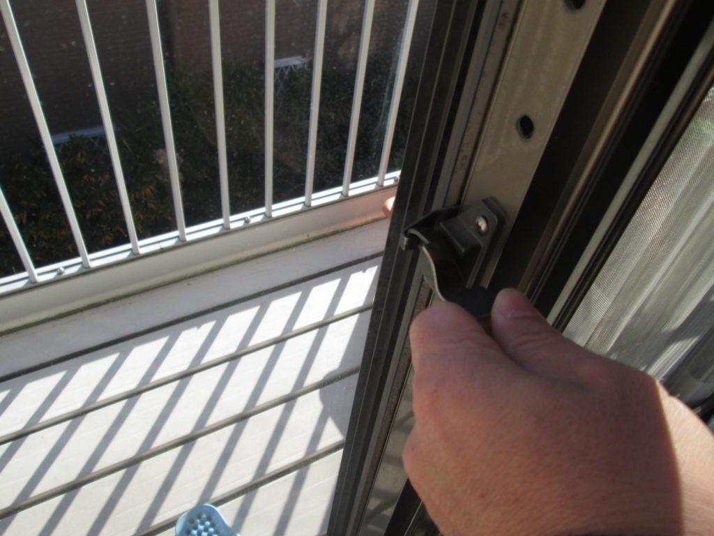 窓 カギ 締め忘れ