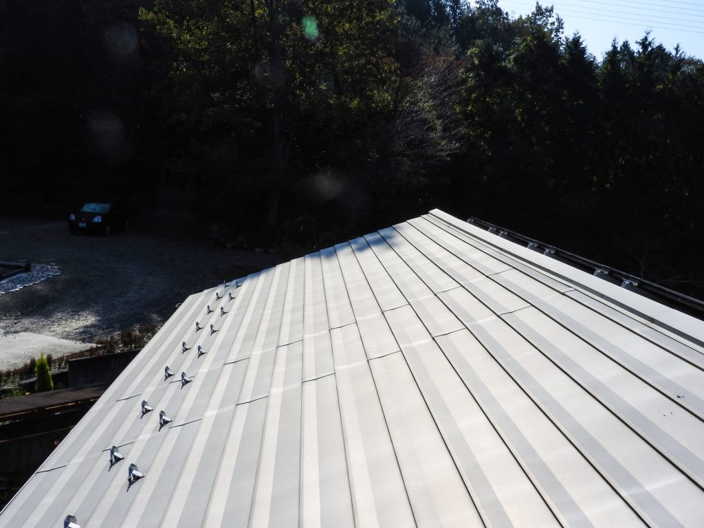 屋根を軽くできる
