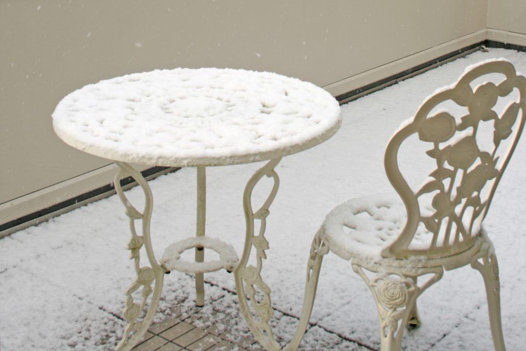 バルコニー 積雪
